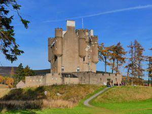 Braemar Castle : un joli châtal assez impressionnant et des bénévoles sympathiques et passionnés