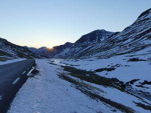 Route jusqu'à Seyðisfjörður : un peu enneigé, un peu solitaire, un peu abrupt. On a été très contents de pas faire l'autre.