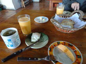 Retour à l'auberge,  c'est l'heure du petit déjeuner