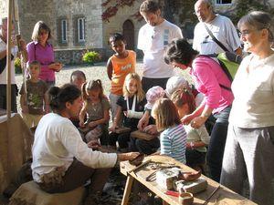 Jeu sur l'antiquité, démonstration de bijouterie