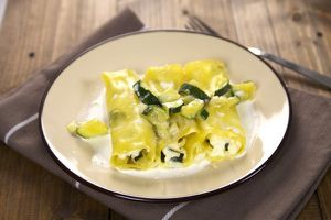 Cannellonis Carré Frais et courgettes à la sauce citronnée