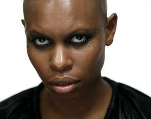 La chanteuse de Skunk Anansie, prochaine égérie de Sisley