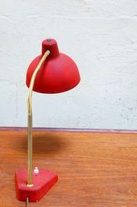 Vendu - lampe d'atelier rouge vintage métal industriel loft années 50 60 bureau