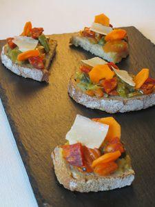 Tartines pour homme : carottes, asperges, chorizo, parmesan