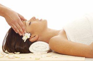 Le massage du cuir chevelu