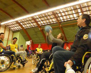 Séance de sensibilisation au handicap