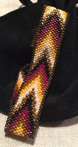 Bracelet peyote motif point bargello