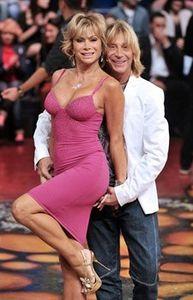 Carmen Russo incinta ed Enzo Paolo Turchi