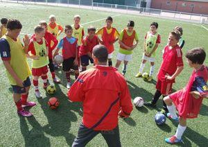 Article DNA : Sélestat Stage de football au FCS Avec un entraîneur du PSG !