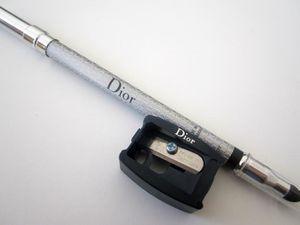Le crayon eyeliner waterproof de Dior