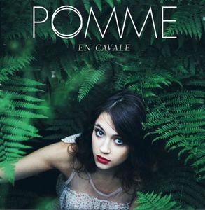 Pomme : découvrez le mini-clip de son titre &quot&#x3B;En Cavale&quot&#x3B; !