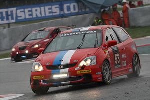 24h de  Barcelone : VDS Racing Adventure, top 20 en vue