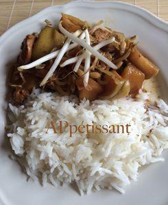 Sauté de poulet au soja et aux pommes