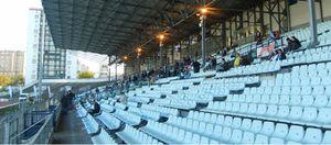 Pour ne pas jouer dans un stade de Colombes vide ...