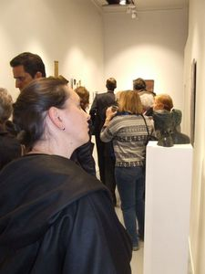 Isabelle au vernissage
