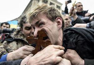UKRAINE UN GOUVERNEMENT QUI RENOUE AVEC LE FASCISME