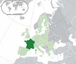 Francio : Parizo : perforta evakuado de migrantoj