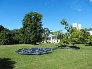 Jumièges - à ciel ouvert : art contemporain environnemental dans le parc de l'abbaye de Jumièges, (76)