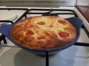Clafoutis de tomates cerises et fromage