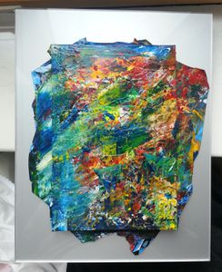 tableau abstrait mis en boite plexi