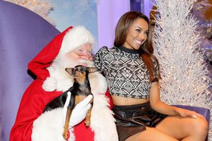 Kat Graham-Holiday Pet Portraits-