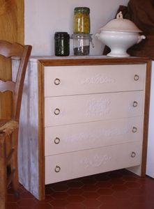 meubles commodes, chiffonniers