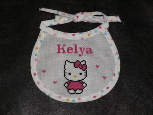 Bavoir Hello Kitty &quot&#x3B;Kelya&quot&#x3B;