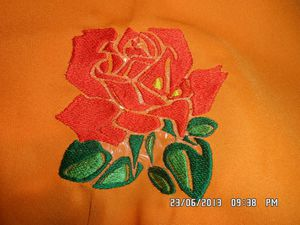 Roses pour nappe ronde