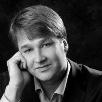 Peter Ovtcharov - Piano