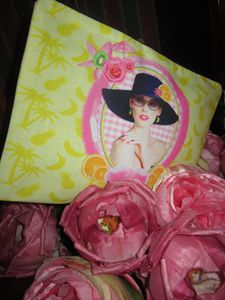TROUSSE PLATE MISS BANANA