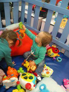 Echantillons gratuits, jeux pour bébé, conseils pour les parents : bienvenue au Salon Baby !