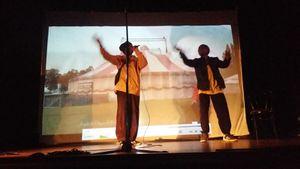 Sam et Piroger chantent les enfants de la Terre
