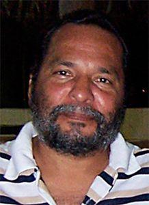 Cuba sera représenté par le peintre Israel Tamayo Zamora,
