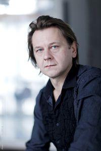 Vytas Kraujélis fait chanter le poète de l'infortune