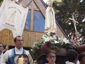 à la fin de la procession qui conclut la Messe