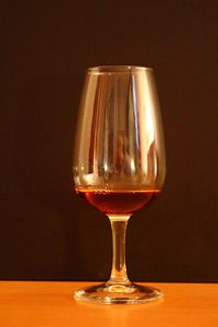 Les verres à dégustation: un comparatif de 13 modèles différents