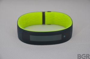 HTC launched its first smart bracelet, Grip