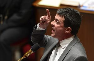 Valls n'a pas de  suite dans les idées.???