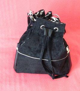 Les oeillets pour sacs à mains (mise à jour)