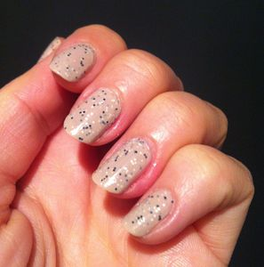 claire's speckled creme