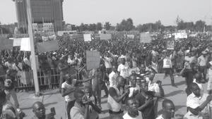 Silence sur les manifestations contre le dictateur Blaise Compaoré au Burkina