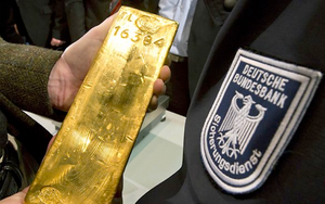Naked Gold Shorts: The Inside Story of Gold Price Manipulation