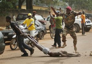 Centrafrique: les violences font au moins 11 morts en deux jours (JAI)