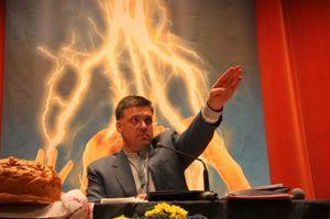 Les néonazis patrouillent à Kiev