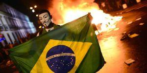Brésil : &quot&#x3B;Je chie sur le Mondial !&quot&#x3B; (Mediapart)