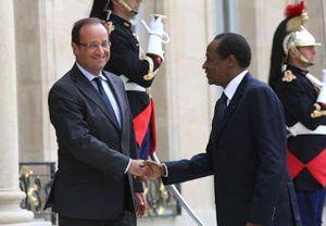 François Hollande reçoit à l'Elysée le dictateur françafricain Blaise Compaoré au pouvoir depuis plus de 27 ans