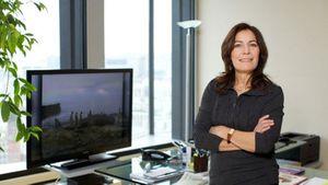 Mémona Hintermann : «Les télés ont peur de montrer des Noirs et des Arabes» (Le Figaro)