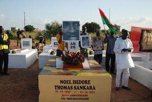 Burkina : la tombe de l'ex-président Thomas Sankara mise sous scellés, début de l'instruction (AFP)