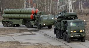 Russia Confirms Arms Deal to Supply China With S-400 Air Defense Systems (Sputniknews)