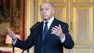René Naba : En Libye comme en Syrie, &quot&#x3B;la France, dans ses deux versions néo gaullistes et socialistes, assume une fonction de mercenaires auprès des pétromonarchies&quot&#x3B;. (La Vanguardia)